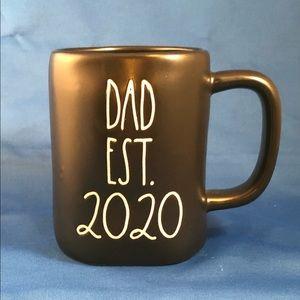 "Rae Dunn - ""DAD est. 2020"" mug - perfect gift!"